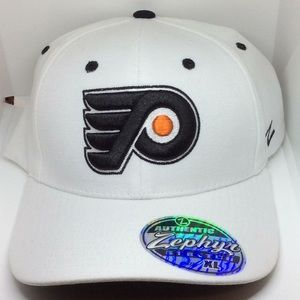 Zephyr NHL Philadelphia Flyers Fitted Baseball Cap